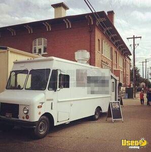 turnkey grumman olson food truck in idaho for sale mobile kitchen. Black Bedroom Furniture Sets. Home Design Ideas